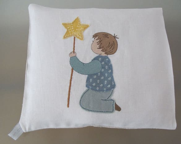embroidery-design-christmas