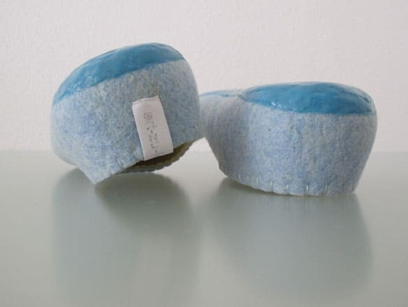 himmelblaue-filzschuhe-filz